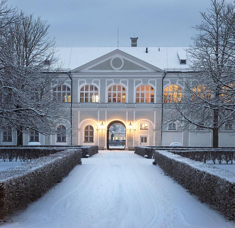 Bayerische Verwaltung Der Staatlichen Schlosser Garten Und Seen Historisches Lexikon Bayerns